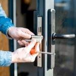 Jak wybrać najlepsze drzwi do domu?