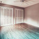 Jak należy dbać o panele podłogowe